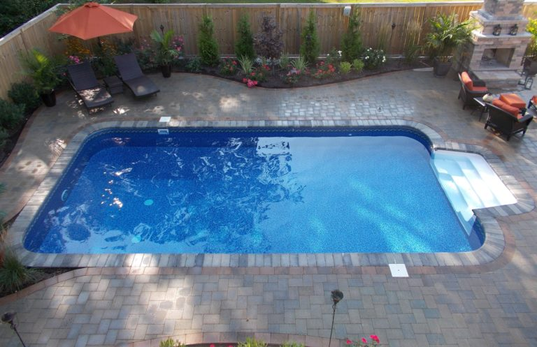 Barker-Vinyl-Pool